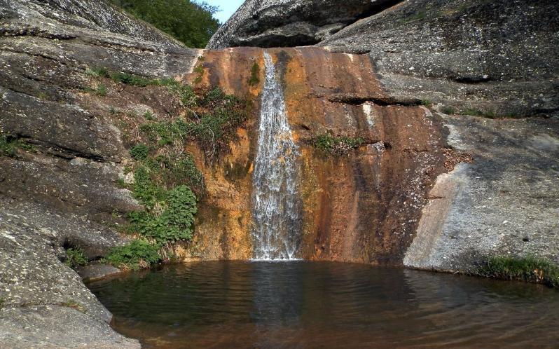 Водопад Джурла Крым