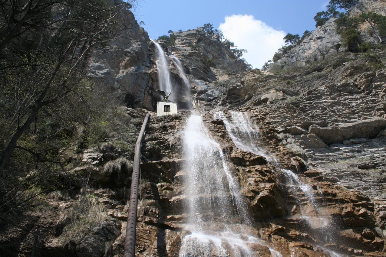 Водопад Учан-Су фото