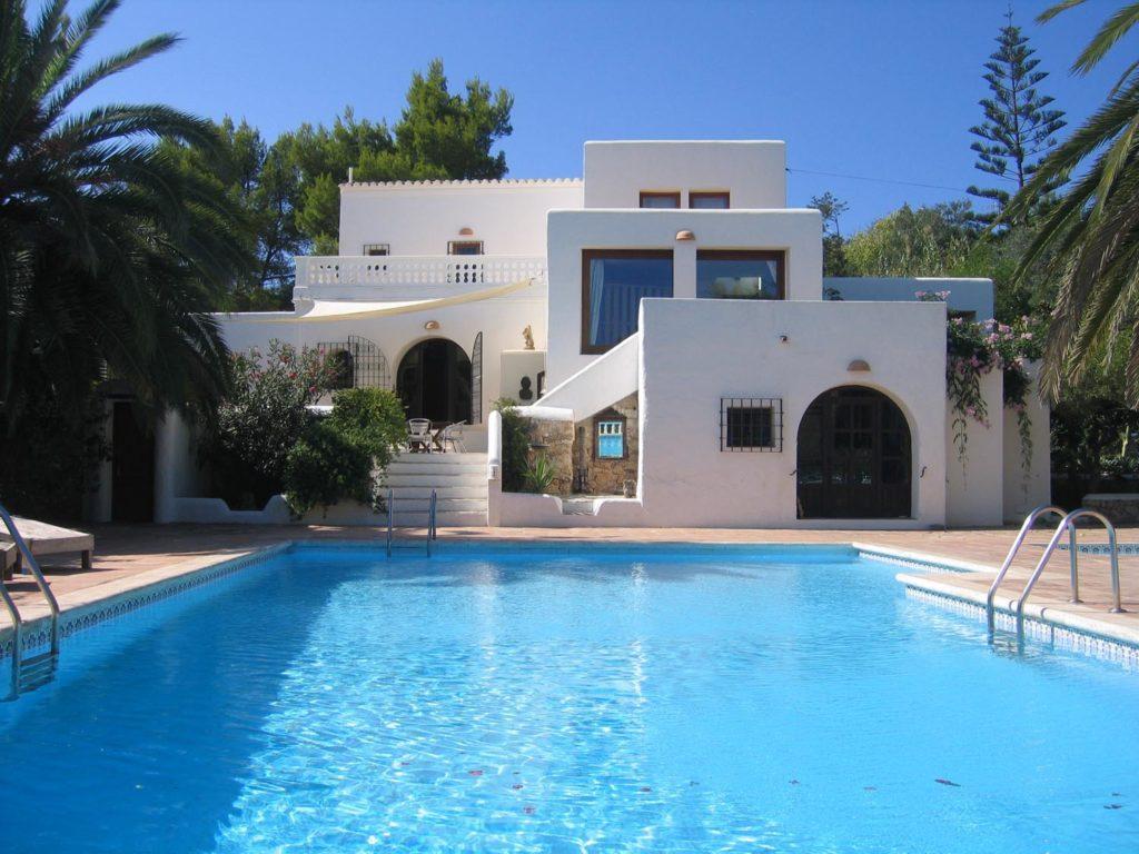 Покупка недвижимости на Ибице – выгодная инвестиция