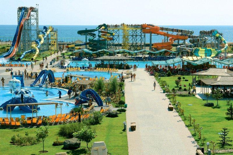 Аквапарки Крыма: присваиваем звание «лучшего»