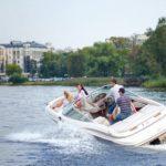 Прогулки на катере по каналам и рекам Санкт-Петрбурга: особенности выбора