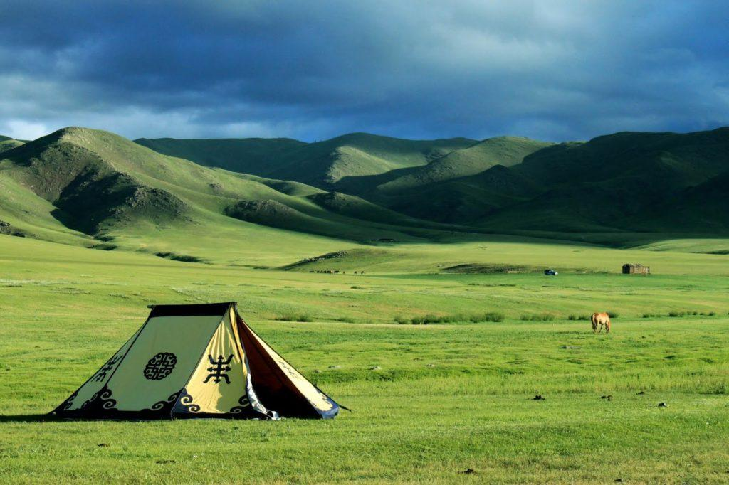 Вопрос, насущный для туристов — нужна ли виза в Монголию?